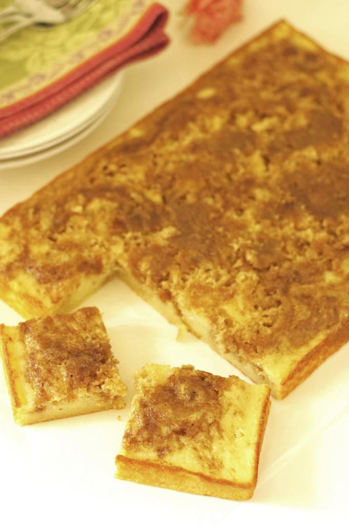 Gluten Free Honey Bun Cake